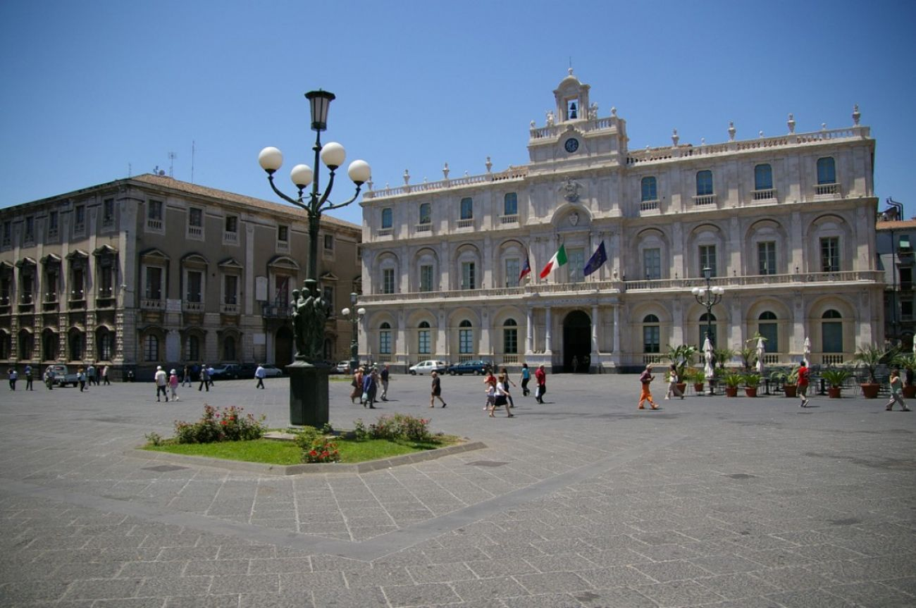 Europei di calcio: a Catania maxischero in piazza
