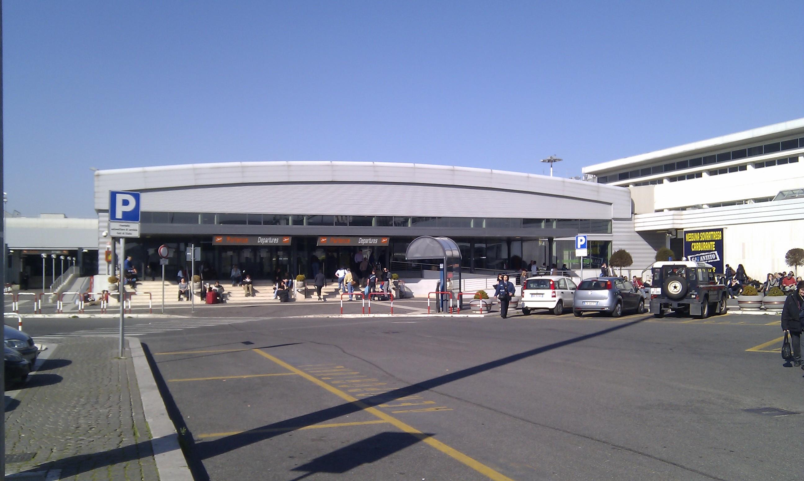 Aeroporto Urbino : Roma a ottobre chiusura dell aeroporto ciampino tutte