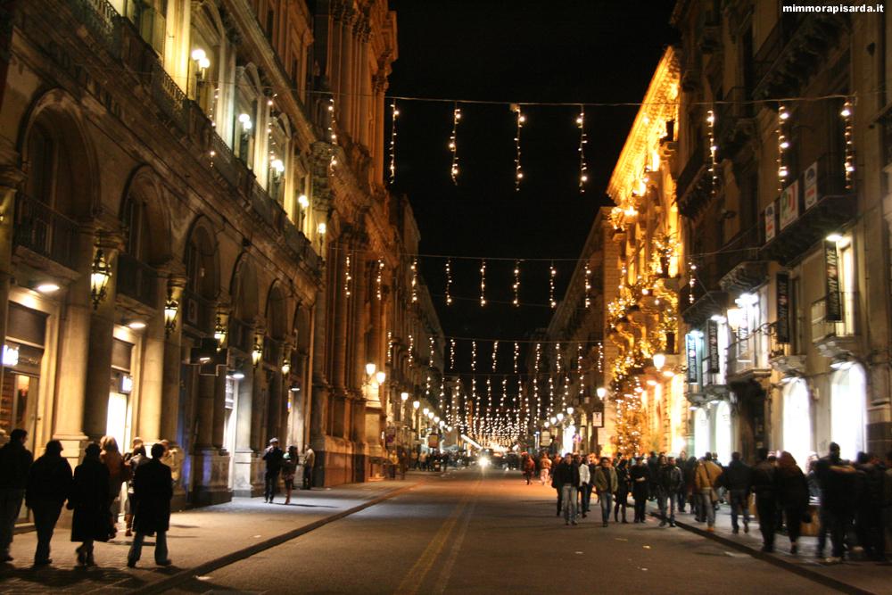 Notte bianca a catania negozi e musei aperti per il for Negozi di arredamento catania